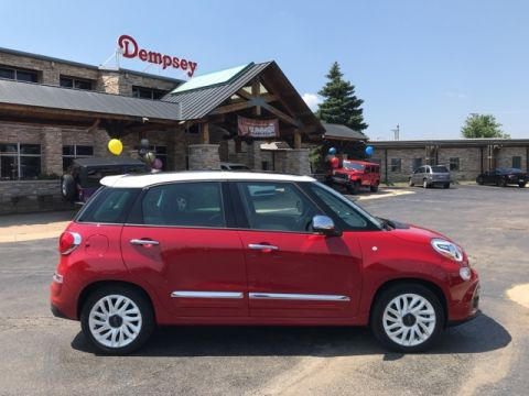 PRE-OWNED 2018 FIAT 500L LOUNGE FWD 4D HATCHBACK